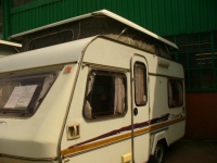 1996 ESCAPE 1 (4639L)